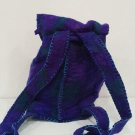 mochila puppets 21 cms ancho, 22 cms alto