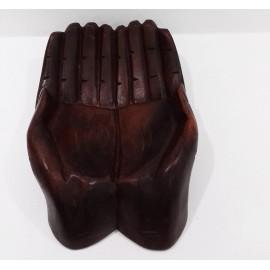 Manos de madera 22 cms.