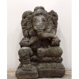 Ganesh de piedra- 37 cms.